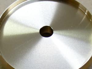 真鍮切削後の挽き目の写真